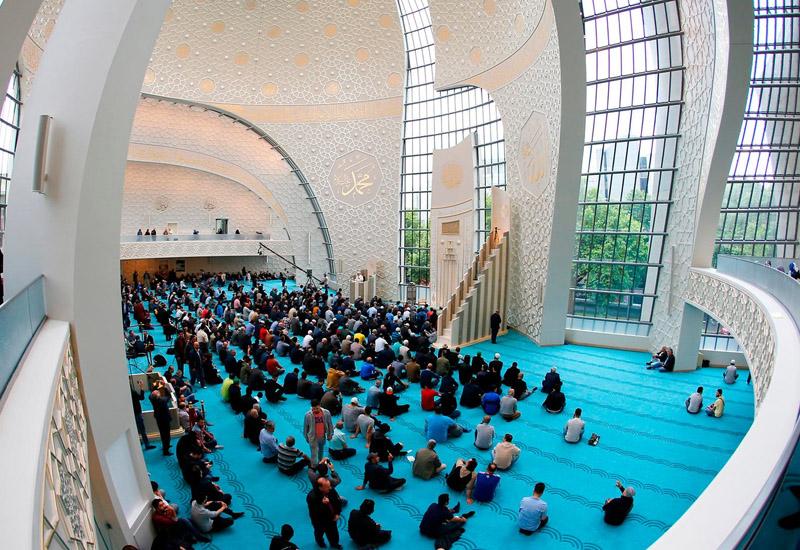 В Кёльне по пятницам разрешили призыв к молитве